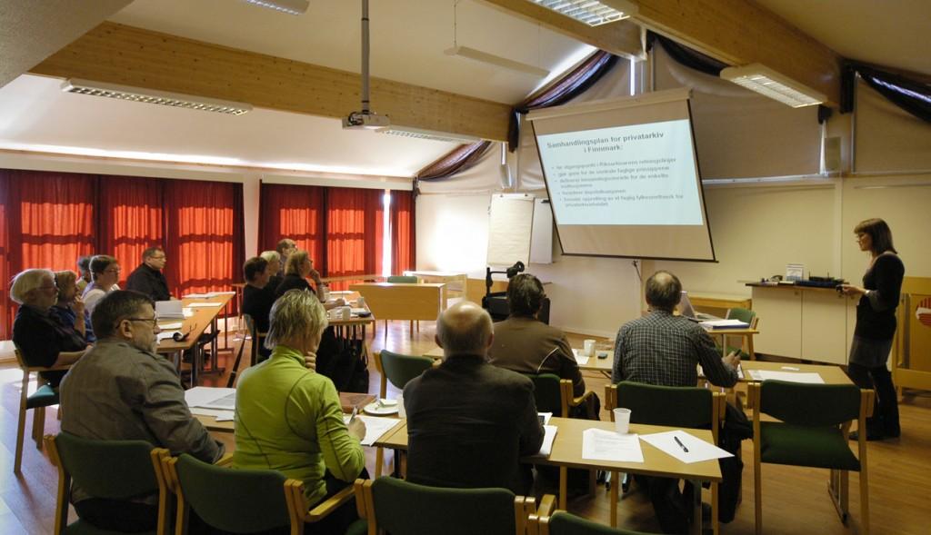 Gjennomgang av bevarings- og samhandlingsplaner. Foto: Sonja Siltala